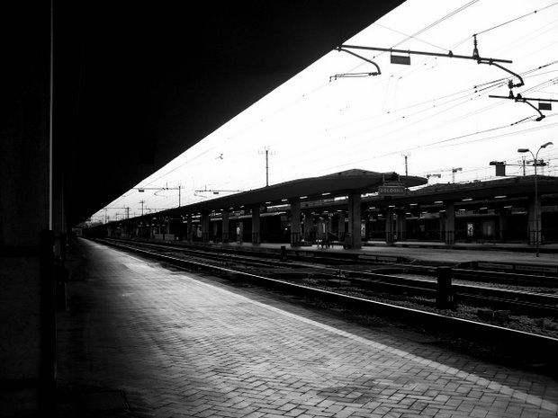 Bologna Train Station (2) - Mike Sowden, 2007